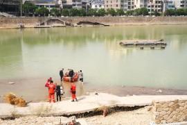 清理取水口,保障灾后重建